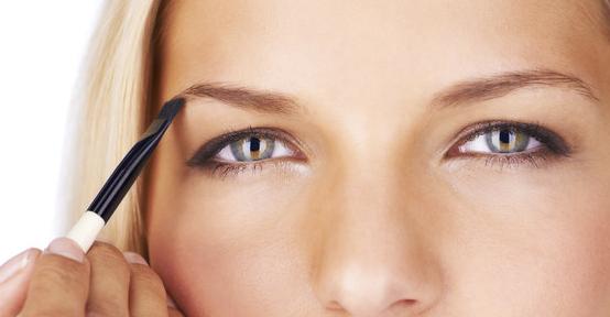 contouring-sourcils